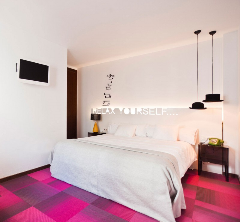amazing shiny interior using at the hotel room to improve the beauty od the room housebeauty