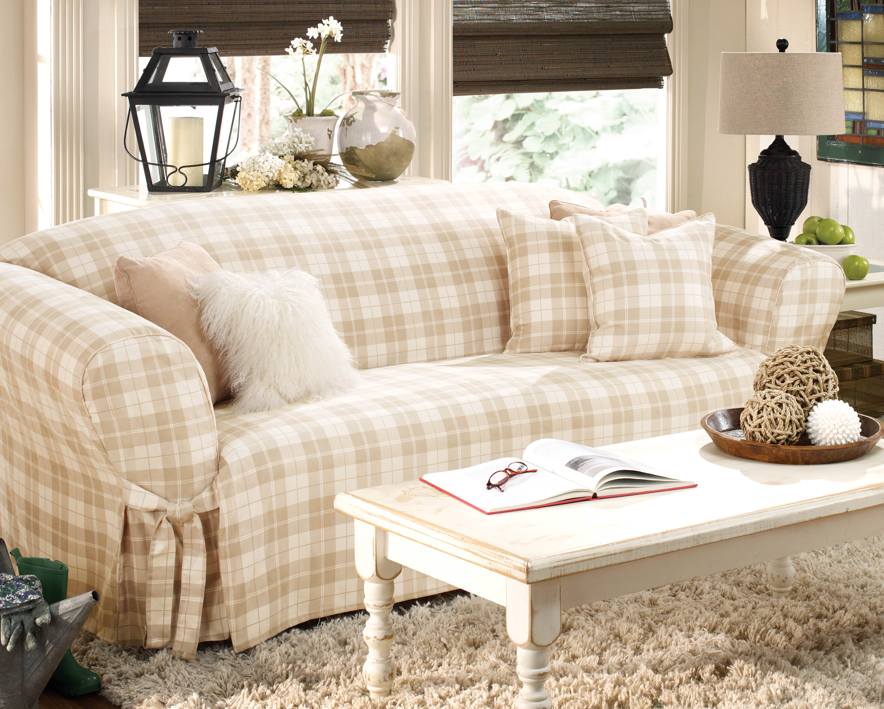 white sofa cover with wooden table | Decorative Slipcover Sofa for Astonishing Room Ideas ...