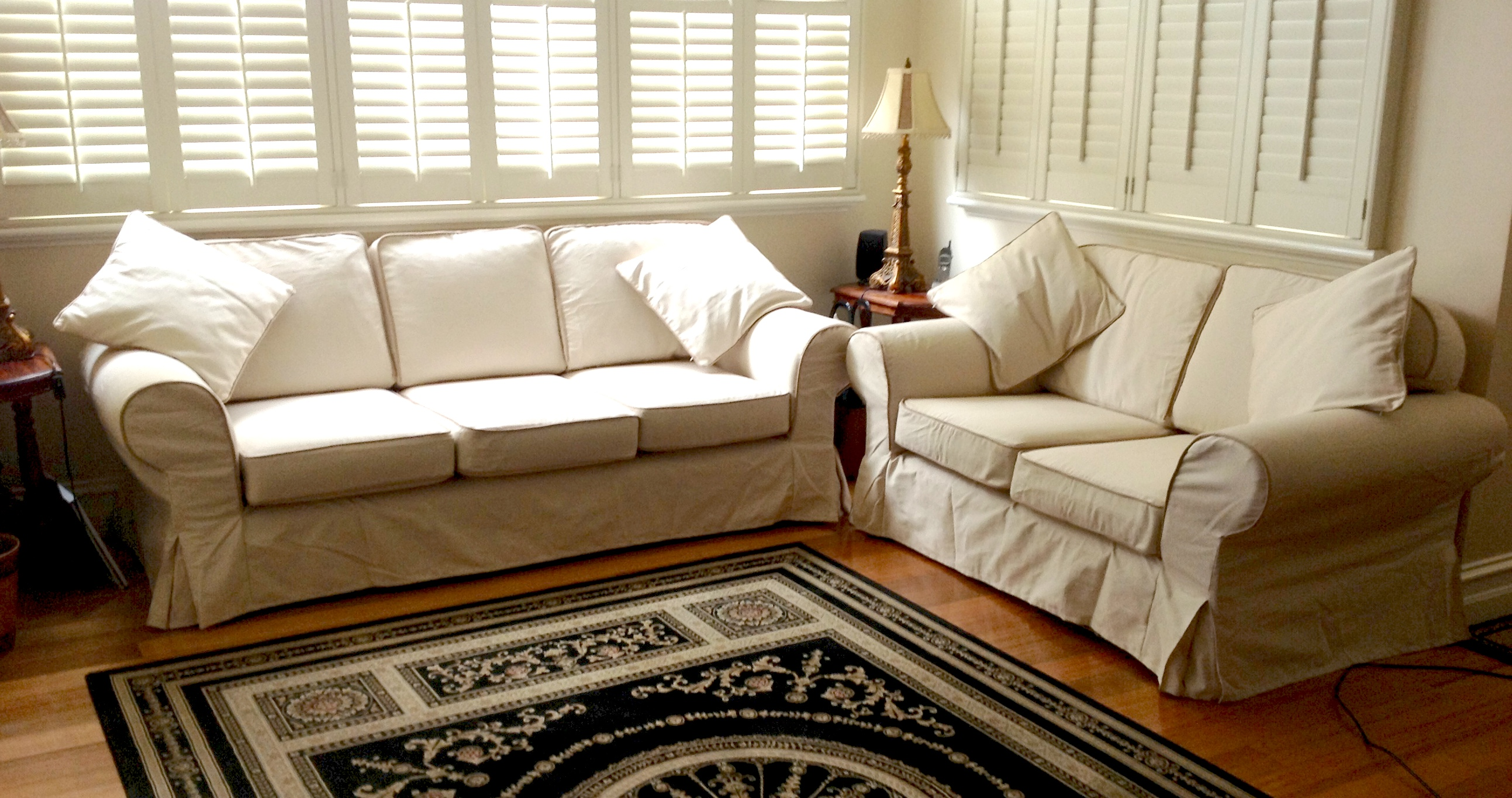 Various Slipcover Sofa Ideas For Your Inspirations