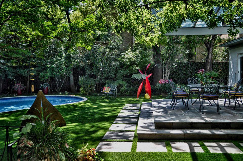 Beautiful Garden Design Idea For Colorful Garden Setting