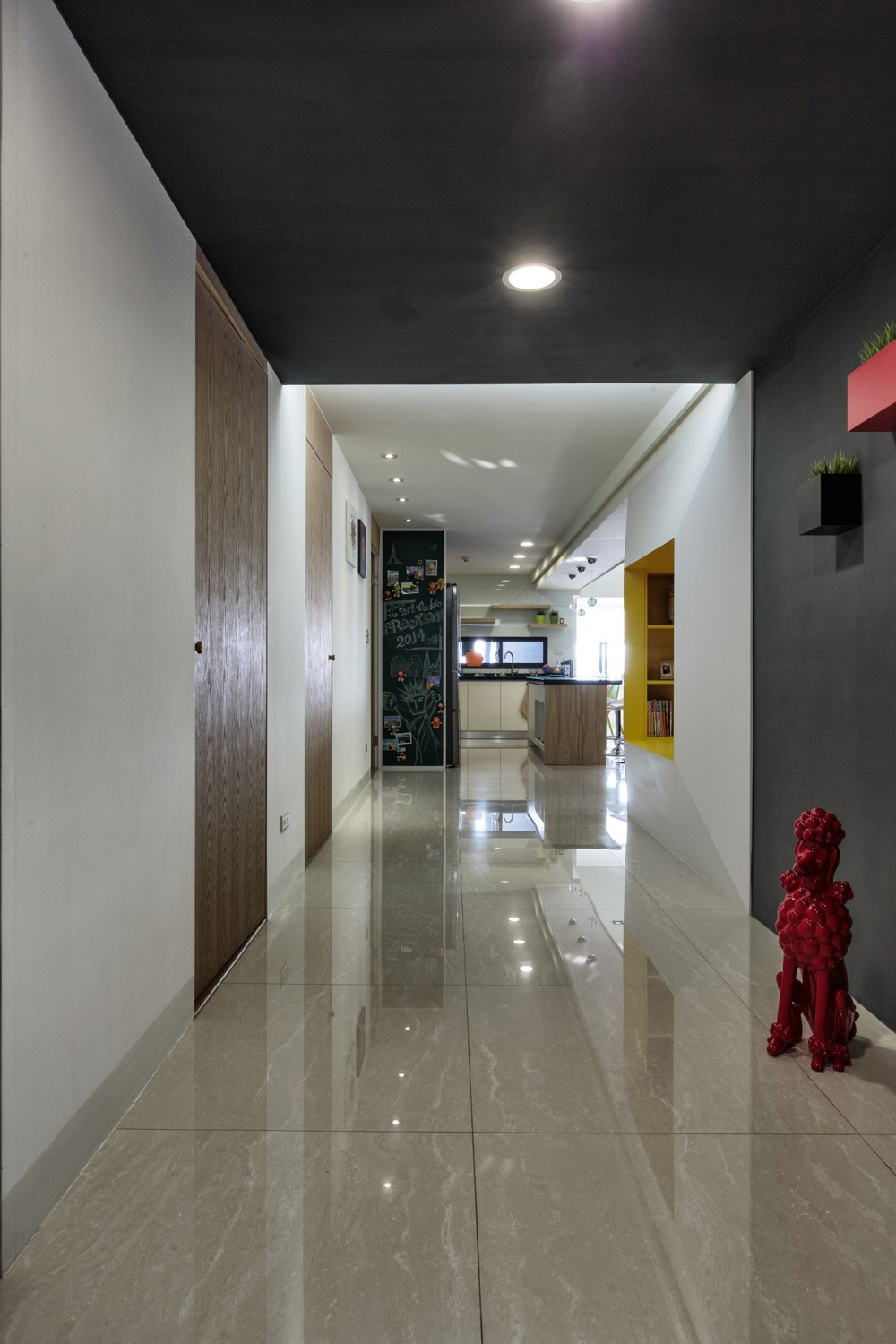 Simple modern color decoration creating modern interior for Modern home flooring