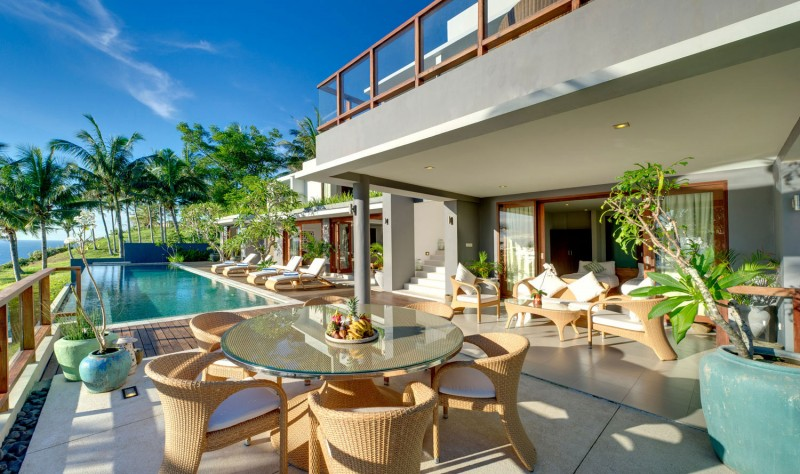 Amazing Modern Villa With A Beautiful Design In