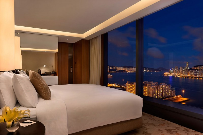 Luxurious Modern Hotel Celebrating Warm And Elegant