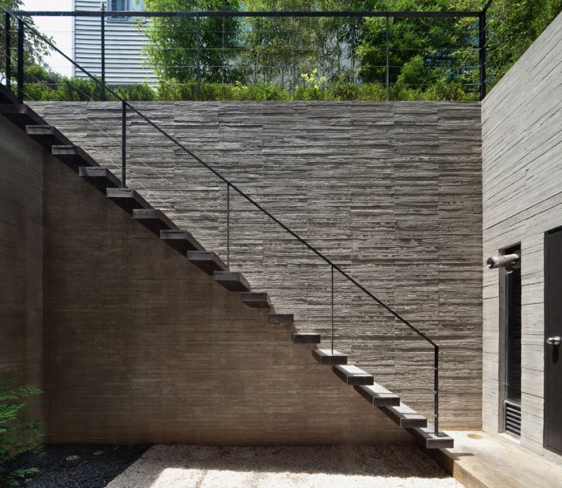 Commercial Walls Landscape Design: Amazing Modern Residence With A Commercial Compartment : HouseBeauty