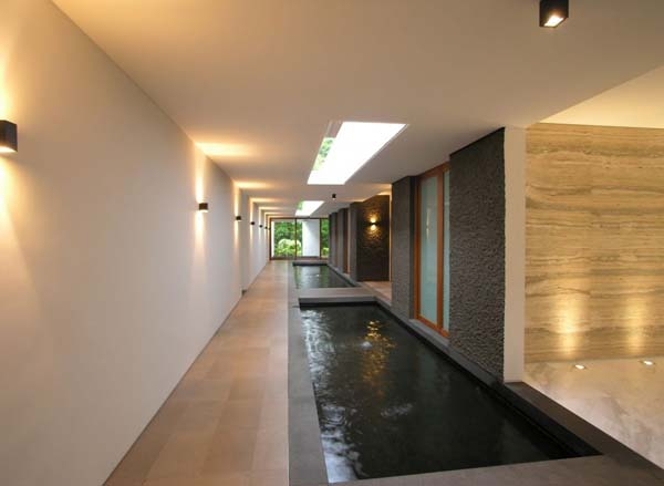 Amazing Minimalist Home Design Presented By The Water