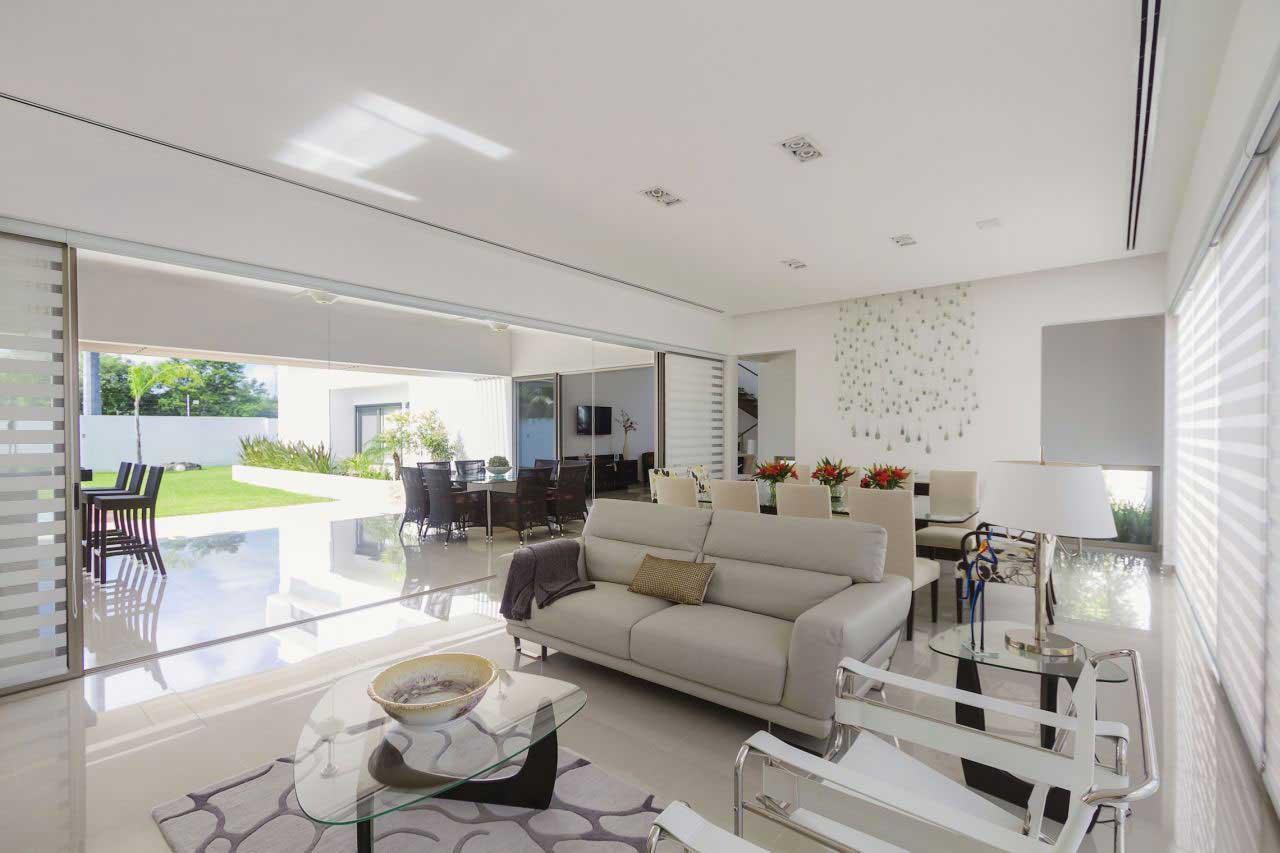 Picturesque Contemporary House Design Casa Kopche In