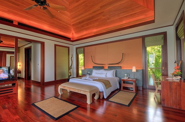 Luxurious seaside resort design in naturalistic building for Thai decorations ideas