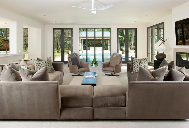Comfortable sectional sofas for modern living room for Comfortable family sofa