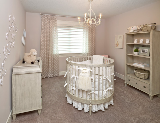 Adorable Round Crib Decorated By Vintage Ornaments In Small Room Housebeauty