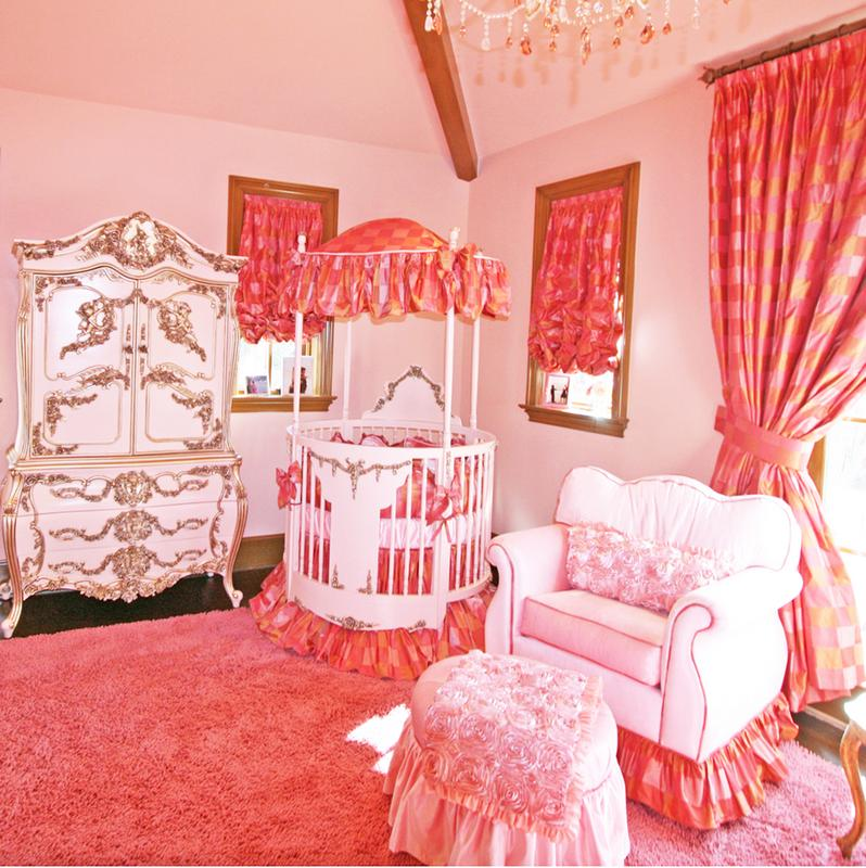 Vintage Inspired Classic Soft Pink Nursery: Adorable Round Crib Decorated By Vintage Ornaments In