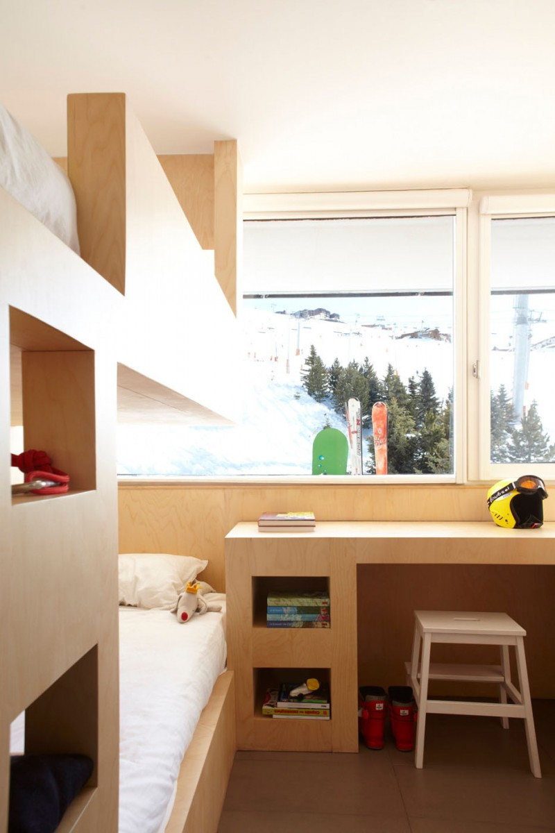 Are Cabin Beds The Solution For Small Bedrooms: Fancy Cabin Interior For Your Holiday Place