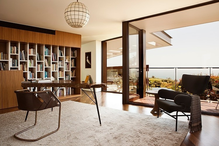 Elegant Retro Interior Design in Modern Uphill Residence Design ...