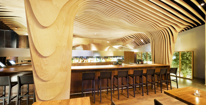 Wonderful Modern Restaurant With Wooden Decoration