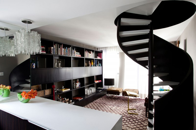 Black and White Space Saving Spiral Staircase