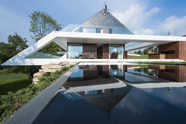 Edge House Swimming Pool