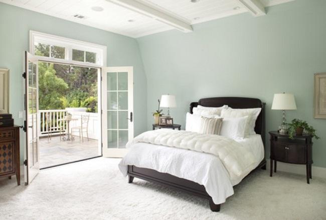 Turquoise Bedroom with White Balcony