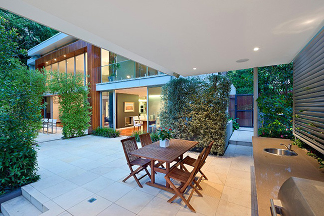 Wahroonga House Dining Space Under the Roof