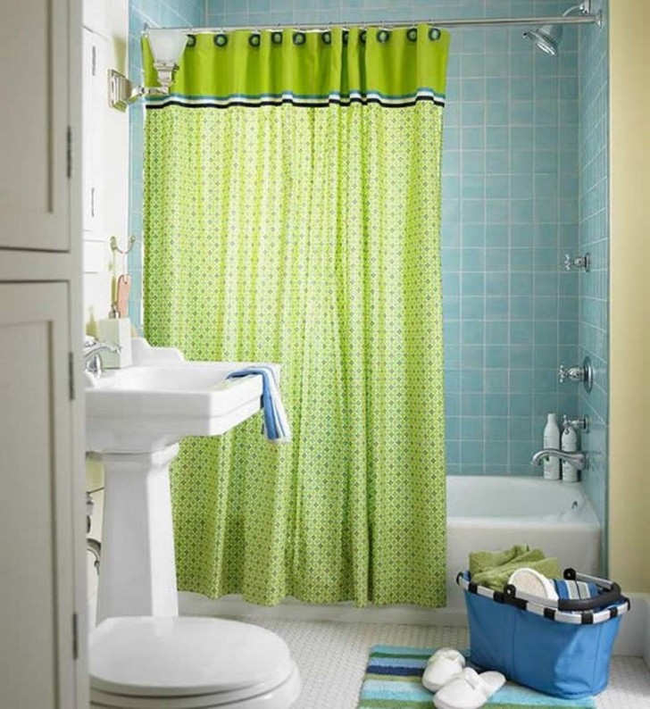 Light shaded shower curtains