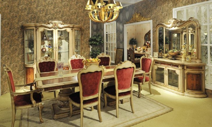 Mirrored Dining table