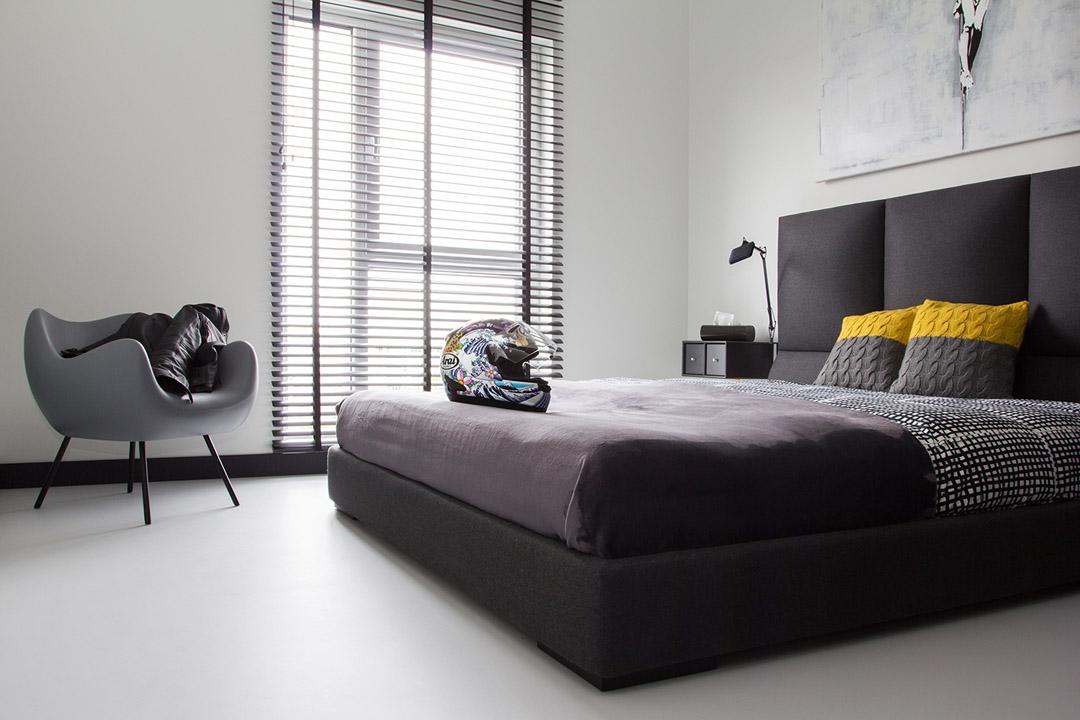Astonishing Modern Apartment Design The Black And White