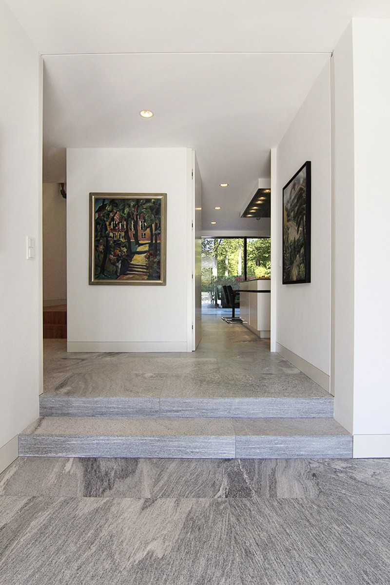 Sexy Wall Cladding With Gneiss Over The Concrete Housebeauty