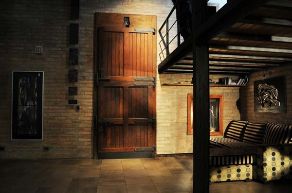 Great Rustic House Design Giving Fresh Natural Look