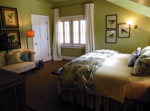 Wonderful Green Bedroom Ideas With Suite Bed Cover And Wooden Platform Housebeauty