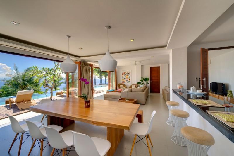 Amazing Modern Villa with A Beautiful Modern Design in ...