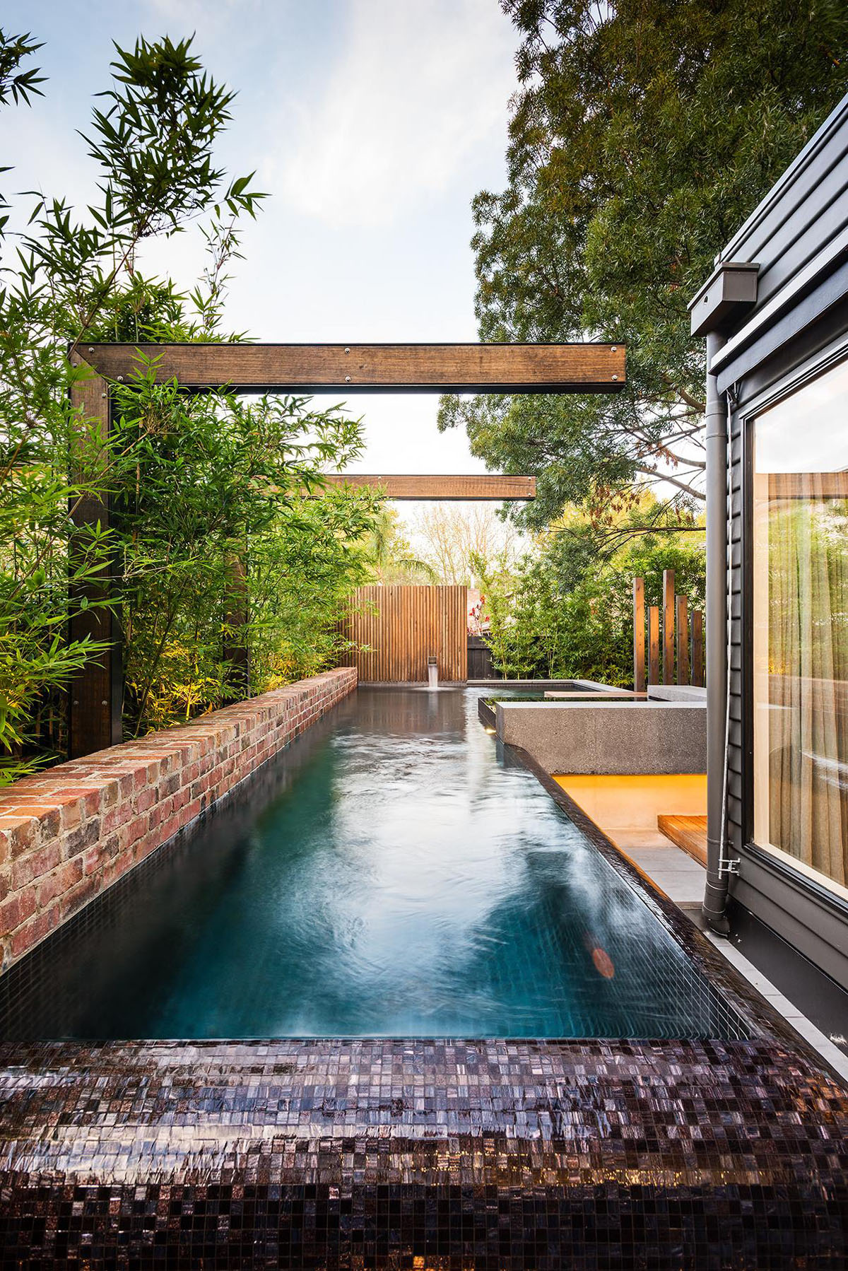 Inspiring Modern Backyard Ideas To Relax You At Home