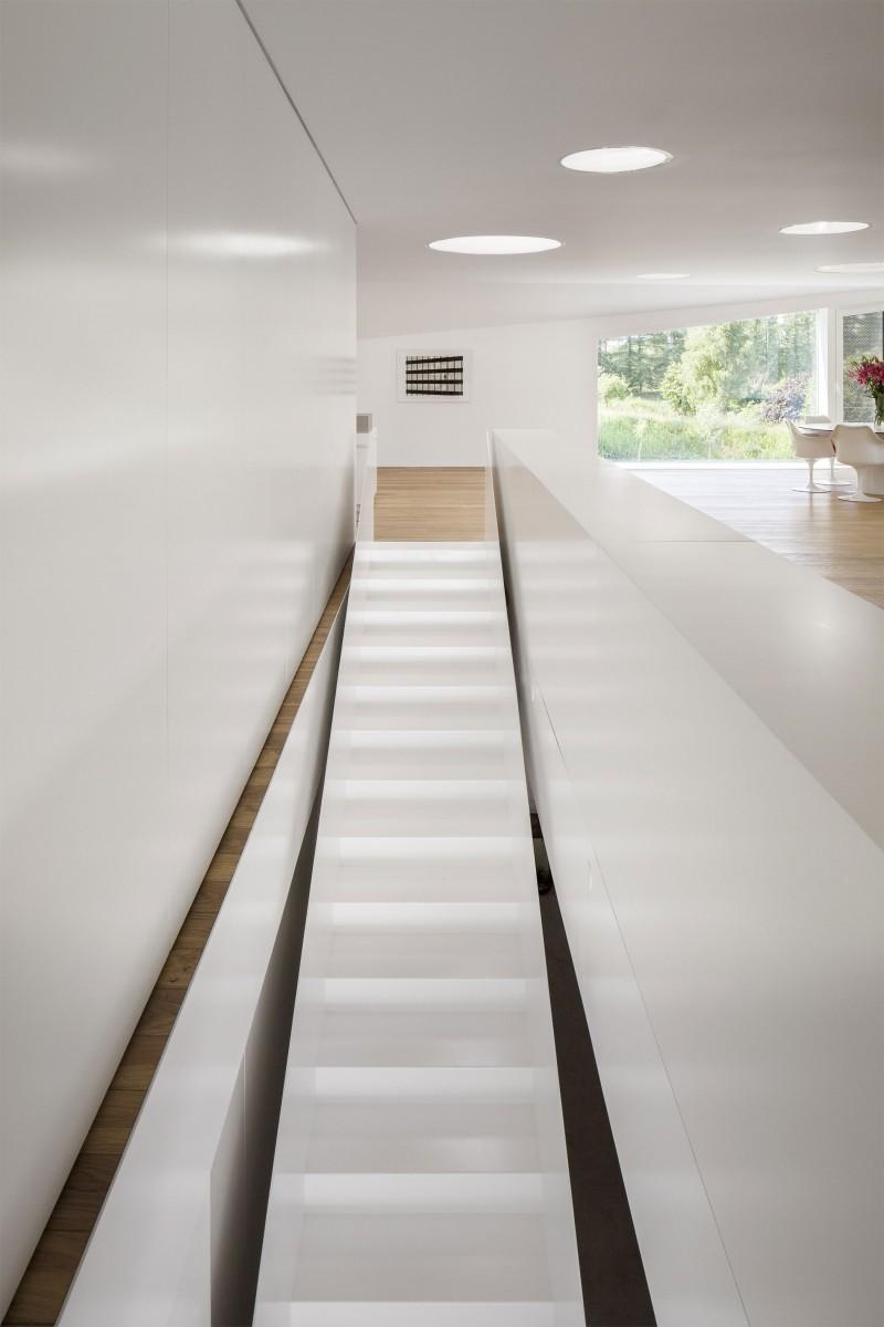 Chic Belgian Interior Design Of Modern Belgian House