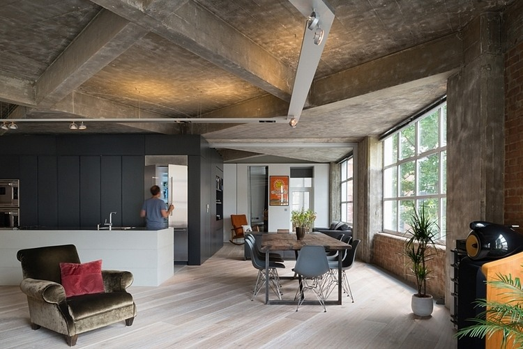 Captivating Concrete Beam And Original Textured Wall In