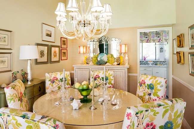 Floral Patterns to Decorate Your Dining Space