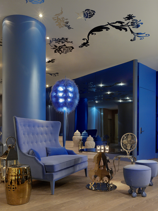 Interior Design with Blue Shades for Vivid Look
