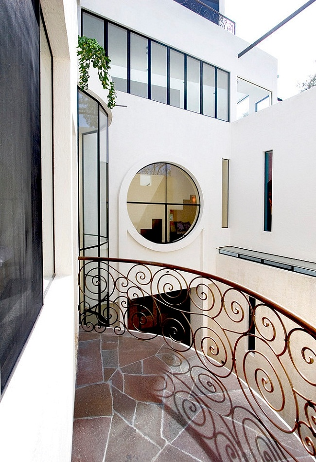 Modern Balcony Wrought Iron Railings