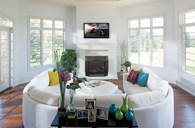 White Living Room with Two Curved Sectional Sofa