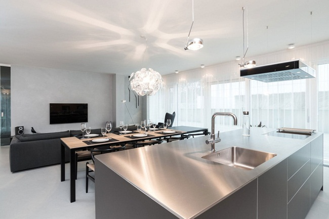 12 Lofts Kitchen Counter