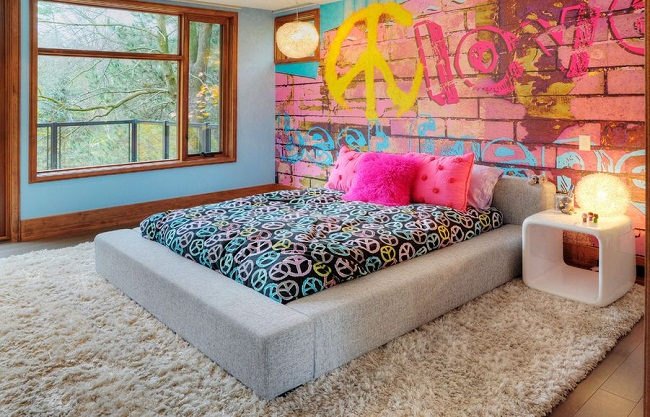 Bedroom with Graffiti Wall Design