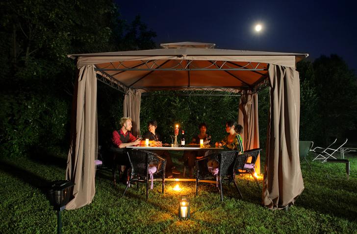Canvas outdoor dinner